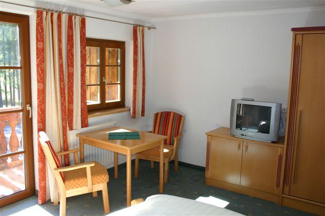 Wohnraum in der Dorfalm in Holzgau